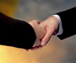موضوعات استراتژیک در اجرای مدیریت ارتباط با مشتری