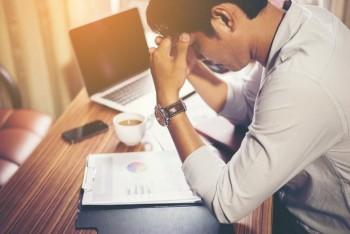 چگونه نرم افزار crm موجب کاهش استرس فروشندگان می شود